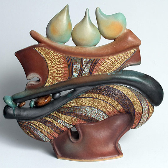 River Clay artist Helene Fielder